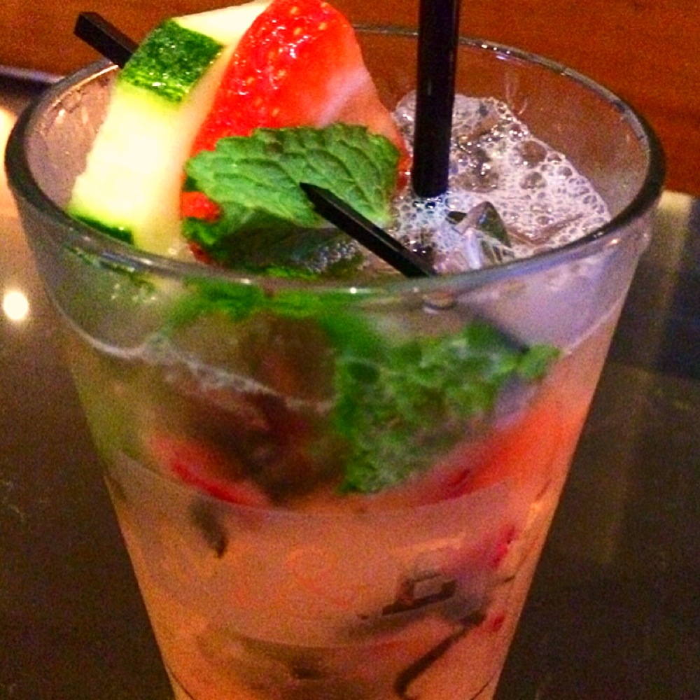 Cucumber Strawberry Mojito